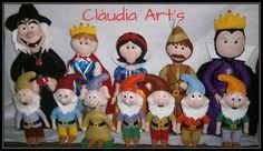 Kit Branca de Neve completo, com Branca de Neve, Principe, Madrasta, Bruxa, Caçador  e os Sete Anões