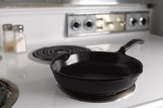 The Best Way to Clean Cast Iron Cookware