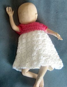 Bev's Pretty Little Preemie Dress crochet pattern