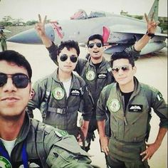 Pak Army Soldiers, Pakistan Armed Forces, Best Army, Pakistan Army, Pakistan Fashion, My People, Role Models, Air Force, Mens Sunglasses
