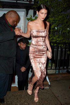 Gigi Hadid & Bella Hadid Fashion, hadidfashion:   Bella at Anna Wintour's townhouse...