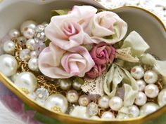 pearls roses lace