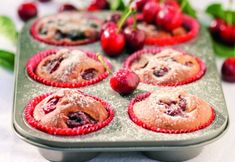 Brioşe cu cireşe | Click! Pofta Buna! Thing 1, Cheesecake, Cupcakes, Desserts, Food, Tailgate Desserts, Cupcake Cakes, Deserts, Cheesecakes