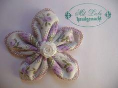 Shabby Blume Blüte Rose Perlen Applikation Vintage Schule Landhaus Handarbeit