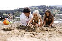 Sommerspaß nicht nur für Familien mit Kindern! Badevergnügen an unserem Naturstarnd diekt am See. All Inclusive Urlaub, Sumo, Wrestling, Families, Bathing, Lucha Libre