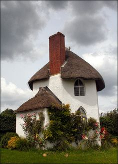 LOVELY COTTAGE | Flickr - Photo Sharing! This was the toll booth whne turnpikes were used. In Stanton Drew, GB