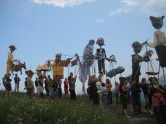 Annual Morinesio Midsummer Pageant #Giants #puppets