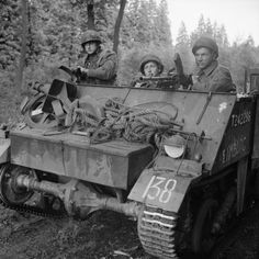 IWM-B-10050-Loyd-Carrier-19440918 - Royal Netherlands Motorized Infantry Brigade - Wikipedia, the free encyclopedia