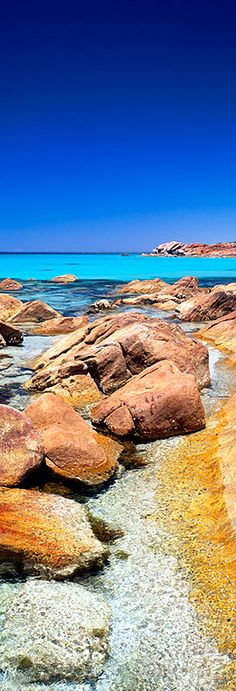 ✯ Clear Waters - Caslte Rock Bay, Australia