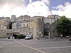 Bassiano (palazzo Caetani, torri e mura) Latina-Lazio