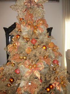 Árvore Cobre e Ouro (montada na Loja Espaço Fátima Lima)- 3