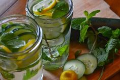 (Agua de Sassy) Agua depurativa de pepino, menta y limón.
