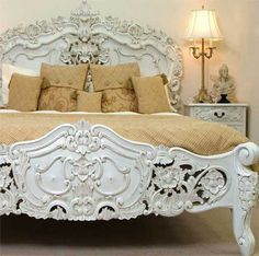 Beautiful bed fame,