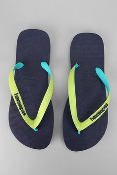Seriously comfortable (and world-famous) summer classic. #Havaianas #urbanoutfitters