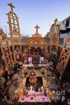 Spectacular Altar