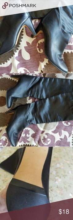Leather Boots  7m Blk. Mid calf 17 inches from heel to top.3 inch heel.  Nice soft leather in good condition. Only reason selling my foot grew! Shoes Heeled Boots