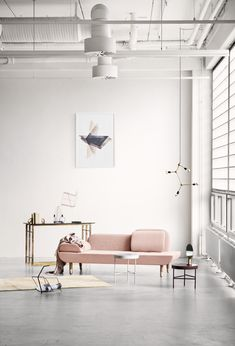 Pink Couch | pop of pink interior spaces