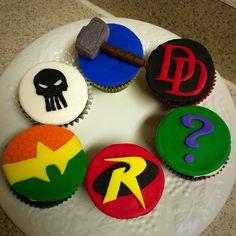 Punisher, Thor, Daredevil, Aquaman, Robin and The Riddler Cupcakes!    #superhero #marvel #dccomics #cupcakes #baking #deaselicious #punisher #aquaman #robin #thor #riddler #daredevil #fondant