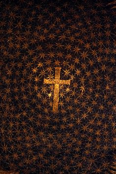 Mausoleum of Galla Placidia by unknown architect, at Ravenna, Italy, architecture in the Great Buildings Online. Religious Images, Religious Art, Ravenna Italy, Ravenna Mosaics, Sign Of The Cross, Byzantine Art, Catholic Art, Christian Art, Early Christian