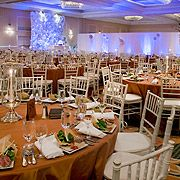 Brooklyn Marriott Grand Ballroom Wedding  - Host your wedding in the New York Marriott at the Brooklyn Bridge's beautiful Grand Ballroom.  #Weddings #Ballroom #NYC