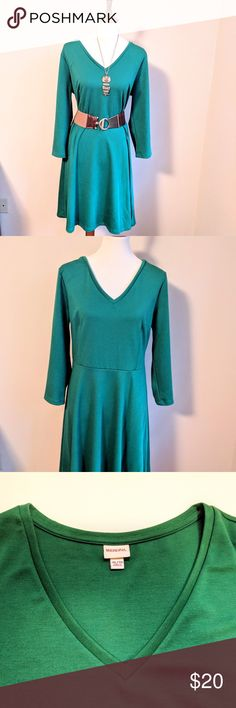 NWOT Kelly Green Merona Long Sleeve Dress Long sleeve Kelly green Merona dress.  New without tags, never worn.  Dress only, belt and necklace sold separately and available in my Posh Mark closet. Merona Dresses Long Sleeve