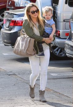 Hilary Duff & Luca Cruz Comrie (February 20th, 2014)