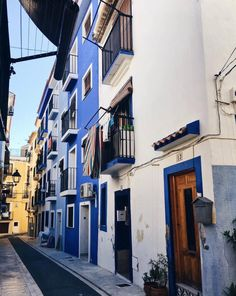 Day trips from Alicante, Spain Alicante Spain, Extended Stay, Day Trips, Buildings, Road Trip, Adventure, Architecture, City, Places