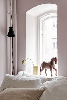 Blush bedroom - via Coco Lapine Design blog