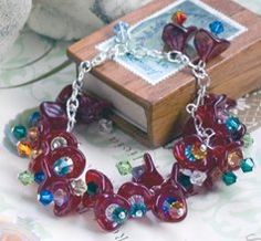 Secret Garden Beaded Bracelet | AllFreeJewelryMaking.com