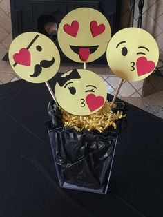 Emoji Themed Center piece