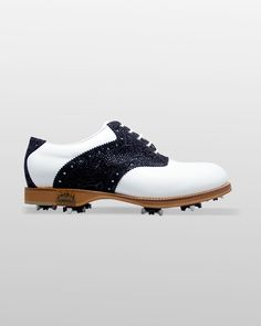 This is Ferrara Blue #golshoes #keepitclassic #shoes #classic #golf #golfday #spikes #blue #white