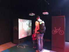 Wer ist schneller? Der Tyrannosaurus Rex oder DU auf dem Rad - probiere es bei der T. rex Ausstellung auf Gut Aiderbichl aus! Salzburg, Entertainment, Tyrannosaurus, Punk, Style, Fashion, Time Travel, Dinosaurs, Swag