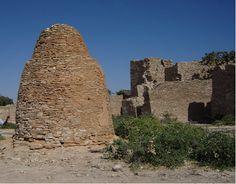ancient Somali pyramidal tomb, in Punt city