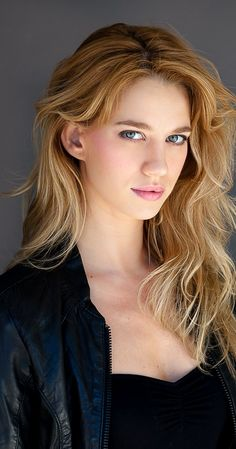 Yael Grobglas photos, including production stills, premiere photos and other event photos, publicity photos, behind-the-scenes, and more.