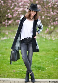 White Black Plaid Cardigan Sweater -SheIn(Sheinside)