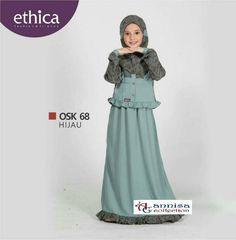 Islamic Fashion, Muslim Fashion, Baby Girl Fashion, Kids Fashion, Kids Abaya, Little Girl Dresses, Girls Dresses, Dress Anak, Muslim Dress