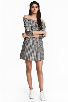 Off-the-shoulder dress - Black/White/Checked - Ladies | H&M GB 1