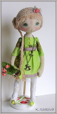 Textile doll Ketty by kseniyaishkova on Etsy, $85.00. Really pretty face!