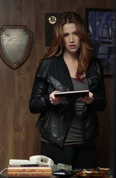 tv show UNFORGETTABLE pictures | ... Montgomery in Unforgettable pic - Unforgettable picture #39 of 48