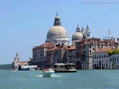 Fonds d'écran et Wallpapers gratuits - Différentes villes: http://wallpapic.be/villes-et-pays/differentes-villes/wallpaper-6977