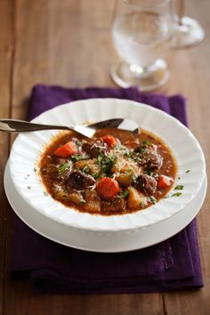 冬のあったかおうちごはん。シチュー完全網羅アレンジレシピ | キナリノ 定番から変わり種まで♪ 今夜のご飯におすすめのあったかシチューレシピ