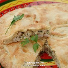Spanish Chicken Pie Recipe - Get articles on Spain, Cooking & the Murcia region from NativeSpain.com - eat, explore, experience