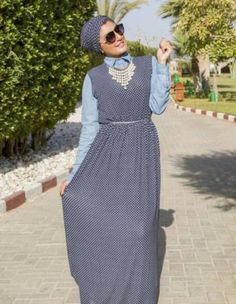 polka dots dress turban style- How to wear long tunic with hijab http://www.justtrendygirls.com/how-to-wear-long-tunic-with-hijab/