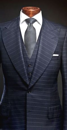 men suits grey -- Click VISIT link for more info Sharp Dressed Man, Well Dressed Men, Dress Suits, Men Dress, Style Gentleman, Terno Slim, Moda Formal, Mode Costume, Designer Suits For Men
