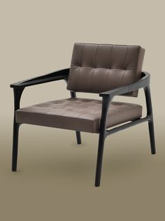 Trussardi Casa Luxury Living latest novelty presented in imm Cologne 2016. Casilia lounge armchair is not only comfortable but with its ergonomic lines a beautiful to look at. Perfect for the office or to the living room..