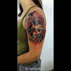 woman-skull-tattoo studio di tatuaggi vittoria a como 22100 Italy www.vittoriatattoo.com #tatuaggicomo