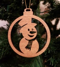 Christmas wooden baubles set of 4 Christmas baubles Christmas tree decorations Christmas wooden decoration Rustic Christmas decorations Grinch Christmas Decorations, Christmas Wood Crafts, Christmas Tree Baubles, Rustic Christmas, Christmas Projects, Christmas Crafts, Etsy Christmas, Scroll Saw Patterns Free, Wood Ornaments