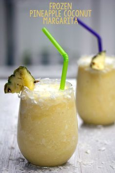 Frozen Pineapple Coconut Margarita @wearenotmartha