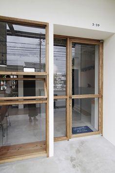 47 New Ideas Shop Door Design Cafe Shop Design, Cafe Interior Design, Interior Architecture, Facade Design, Door Design, Exterior Design, Design Design, Café Restaurant, Restaurant Design
