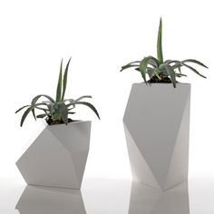 The Kobol is a reversible planter that comes in three different sizes for your potting preference. Cut in different geometric shapes, choose the perfect size pot for your outdoor patio.